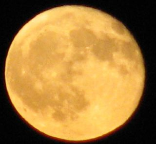 Yellow moon 1