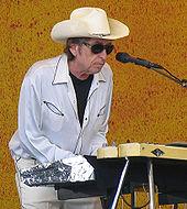 170px-Paparazzo_Presents_Bob_Dylan_