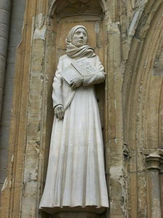 Statue_of_dame_julian