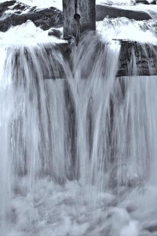 Cross water